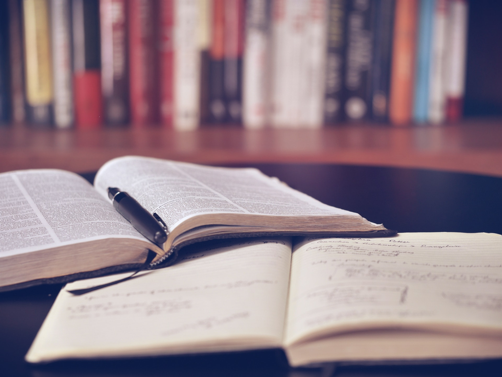 Opengeslagen boeken